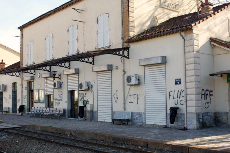 Französisch-Übersetzerin auf Korsika