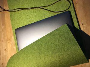 Laptop-Hülle zuschneiden